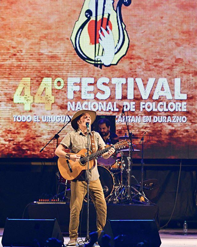 Jorge Nasser en el Festival Nacional de Folclore tradiciones uruguayas