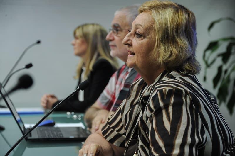 Ministra de Turismo Liliam Kechichián y subsecretario de Turismo Benjamín Liberoff, en conferencia de prensa